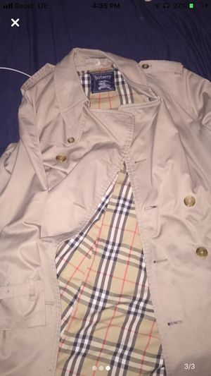 Burberry Trench Jacket for Sale in Edgewater, NJ