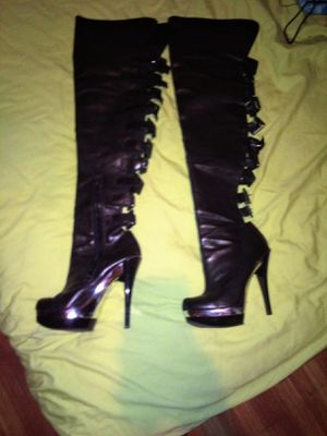 Black thigh high boots leather size 6 for Sale in Lakeland, FL