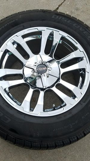 MB CHROME WHEEL SET 17 X 8.5 $400 FIRM for Sale in Sacramento, CA