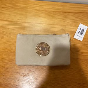 Small wallet for Sale in Ashburn, VA