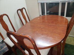 Dining table with 6 chairs for Sale in Fremont, CA