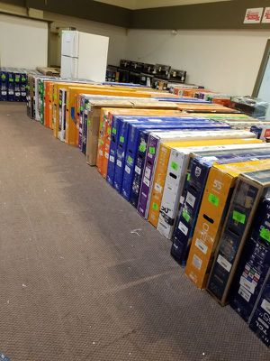 tv liquidation event !!! 🙏🙏👍👍👍👍🙏 ZBPZG for Sale in Beverly Hills, CA