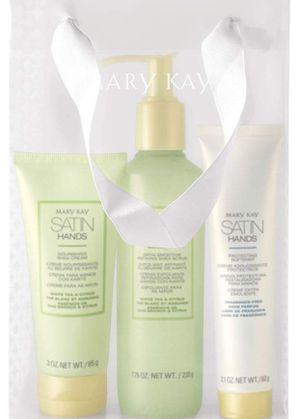 Mary Kay Satin Hands Pampering Set- White Tea & Citrus for Sale in Atlanta, GA