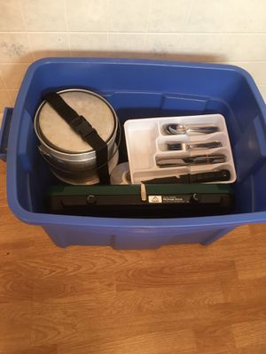 "Campers, RVers, preppers: Chuck ""tub"" of camping cookware (for 8) for Sale in Kearny, NJ"