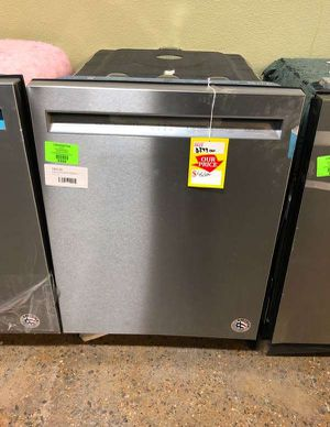 Brand New Kitchenaid Dishwasher Stainless (Model:KDFE104HPS) PM8 for Sale in Dallas, TX