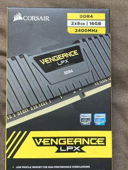 Corsair Vengeance 2400mhz 16 gig kit for Sale in Port Richey,  FL