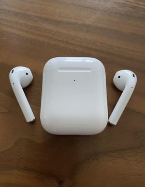 apple airpods 2nd generation with wireless charging for Sale in Anaheim, CA