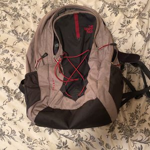 North Face backpack for Sale in Ridgefield, WA