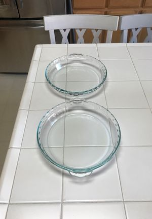 Two Pyrex pie dishes like new for Sale in Roseville, CA