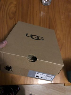 Girls ugg boots for Sale in Chicago, IL
