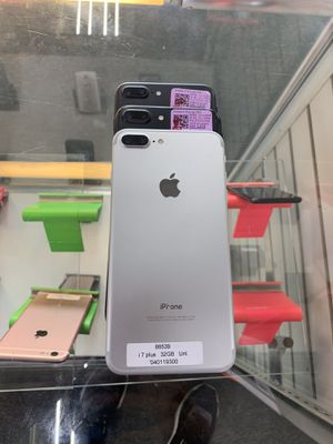 ⌚️⌚️🔥iPhone 7 Plus 32 GB factory unlocked with warranty for Sale in Tampa, FL