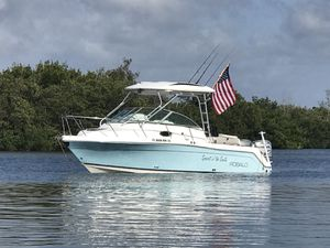 2006 Robalo R265 Walkaround with Cuddy for Sale in Riverview, FL