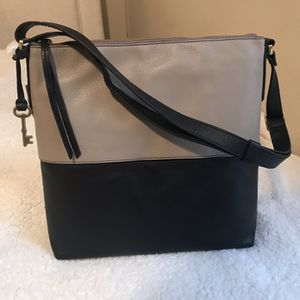 Fossil Charlotte Hobo Bag NWT for Sale in New Caney, TX