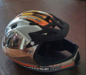 Mongoose pro bike helmet for Sale in Brooklyn, OH