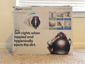 Dyson big ball multifloor pro vacuum NEW for Sale in Houston, TX
