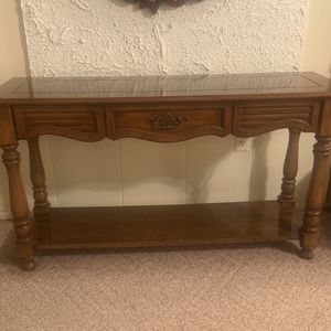 Beautiful wooden stand for Sale in Sterling Heights, MI