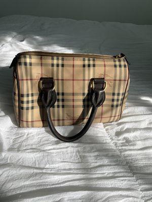 Burberry purse for Sale in Dallas, TX