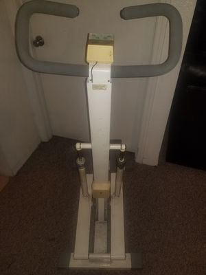 EXERCISE MACHINE $25 for Sale in Tampa, FL