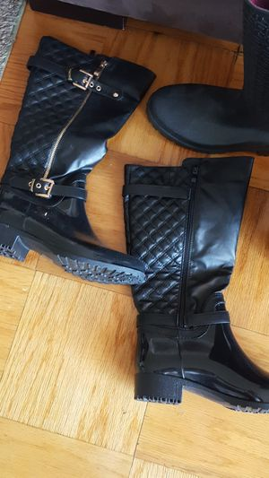 Boots top moda size 9. Other size 10 for Sale in Washington, DC