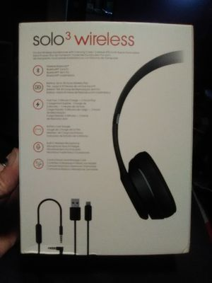 Beats wireless s3 for Sale in St. Louis, MO