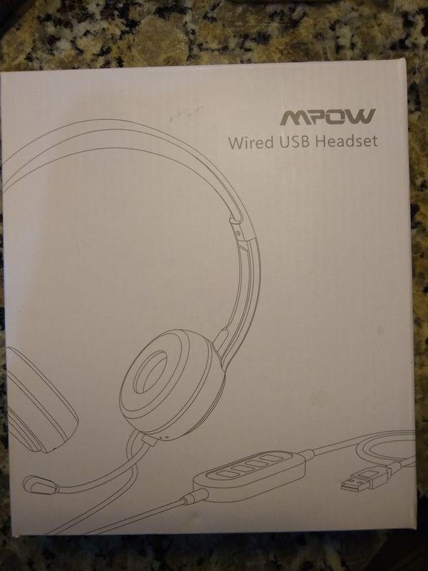 Wireless USB headset with controller & mic -NIB