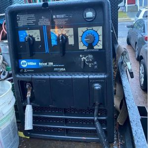 Miller bobcat 250 Kohler Gas Engine Welding Machine SN: MA430046H, Stock: 907211 for Sale in Brooklyn, NY