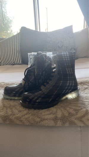 rain boots size 9 women for Sale in Long Beach, CA