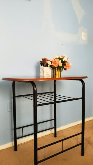 Sturdy Wooden Table(/desk) Barely Used for Sale in Woodbridge, VA
