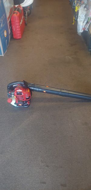 Craftsman A073001 26.5cc 4-Cycle Gas Leaf Blower for Sale in Tulsa, OK
