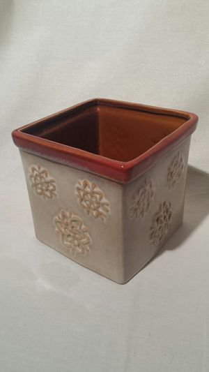 Ceramic Container / Flower Pot for Sale in Moorestown, NJ