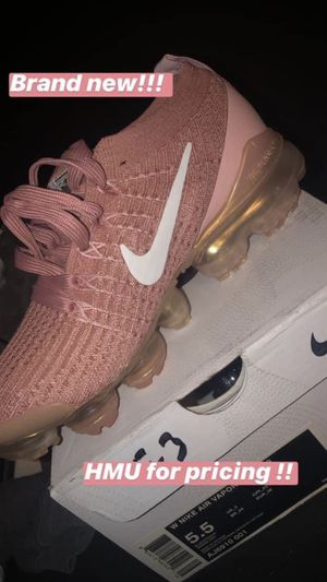 Nike vapor max for Sale in Los Angeles, CA
