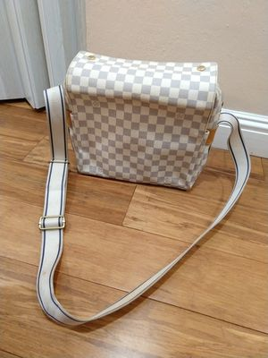 Authentic Louis Vuitton Naviglio bag for Sale in San Jose, CA