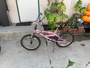 Mongoose girls bike for Sale in Fresno, CA