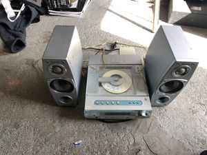 Stereo, works and sounds good for Sale in Aberdeen, WA