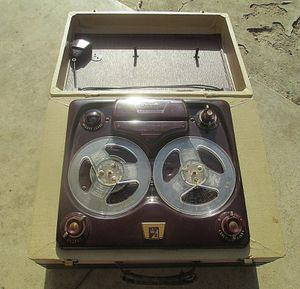 Vintage Large Reel-to-Reel Tape Recorder 1950's With Mic Rare for Sale in Lake Elsinore, CA