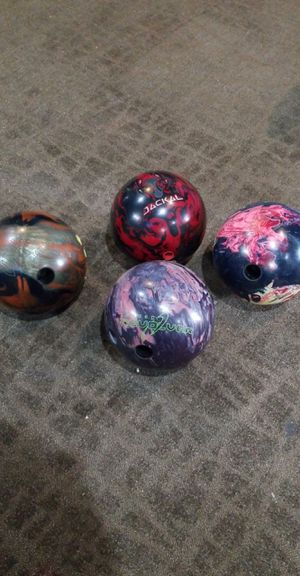 Bowling balls! for Sale in Rockwell, IA