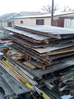 Free Wood In Cabin City Colo for Sale in Cañon City,  CO