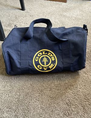 Golds Gym Medium Sized Solid Black Canvas Duffle Bag w/ Shoulder Strap. for Sale in Moorpark, CA