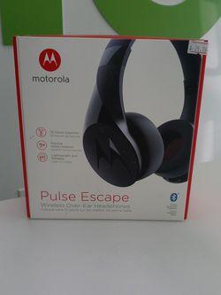 Motorola Wireless Over-Ear Headphones for Sale in Chesapeake,  VA