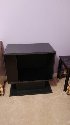 Small tv stand for Sale in Murfreesboro, TN