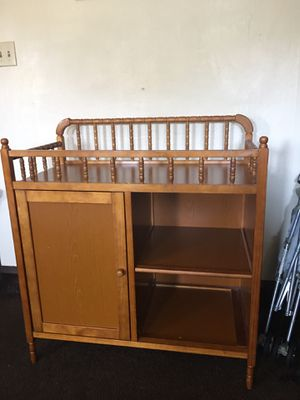 Baby change table for Sale in Cleveland, OH