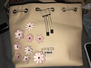 Guess Bag for Sale in Dallas, TX