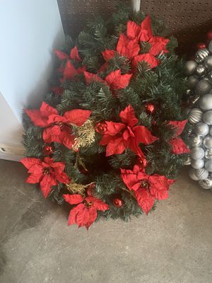 24 inch Christmas wreath 30 each for Sale in Swansea, MA