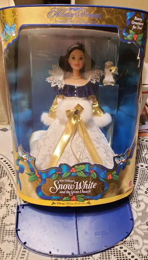 Walt Disney's Snow White Barbie for Sale in Maple Grove, MN