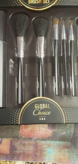 Makeup Brush Set Black for Sale in Portland,  OR