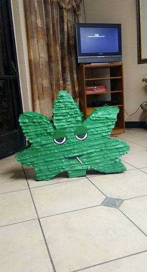Weed leaf piñata for Sale in Perris, CA