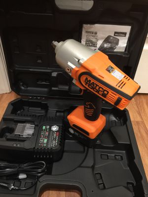 """Matco 20v 1/2"""" drive high performance impact wrench kit. Brand new condition. Retails for over $700. I'm on my asking $350 firm on price for Sale in Bellevue, WA"""