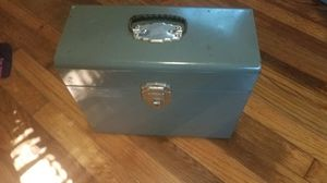 Green Metal Protective Carrying Case - Closes and Latches Shut - Very Nice - No Issues for Sale in Cayce, SC