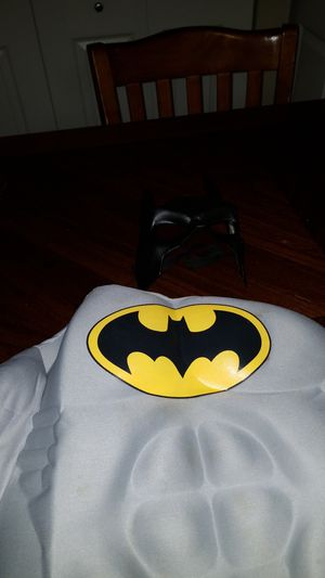 Small Kids Batman costume dress up/ Halloween for Sale in Columbia, MD