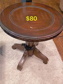 Beautiful Table for Sale in Corona,  CA